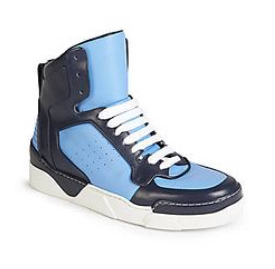 Givenchy Givenchy Tyson 2 Hight Top Leather Sneaker Size US 8.5 / EU 41-42