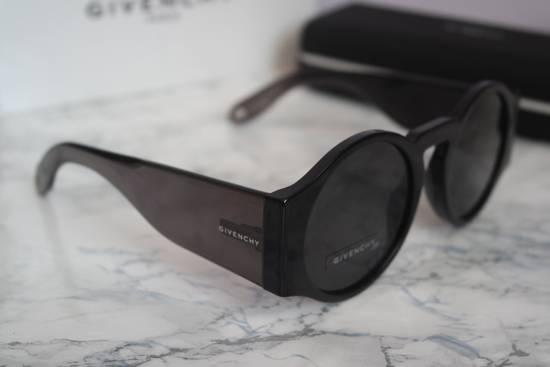 Givenchy NEW Givenchy 7056/S Black Round Thick Leg Circle Sunglasses Size ONE SIZE - 6