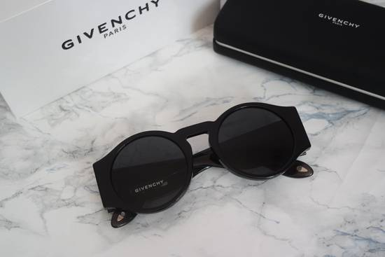 Givenchy NEW Givenchy 7056/S Black Round Thick Leg Circle Sunglasses Size ONE SIZE - 2