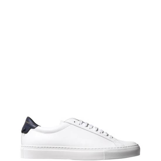 Givenchy LOW SNEAKERS IN LEATHER with navy blue leather inset and knots on the back Size US 11 / EU 44