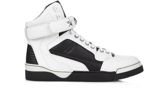 Givenchy Givenchy Tyson Star High-Top Sneaker Size US 8 / EU 41
