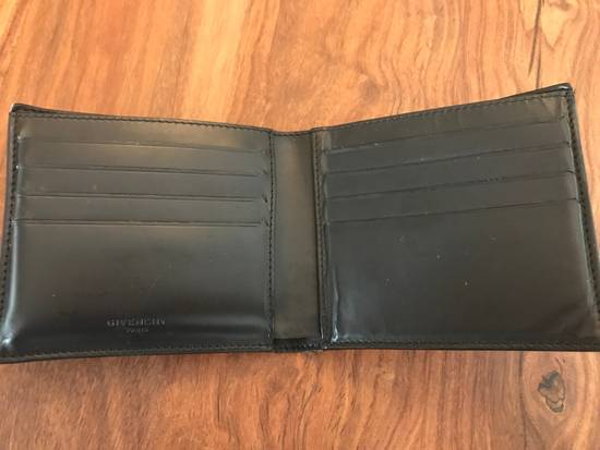 Givenchy Leather Cobra Wallet Size ONE SIZE - 2