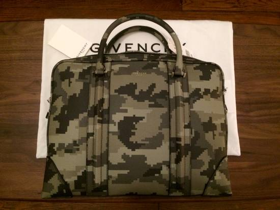 Givenchy porte-documents Size ONE SIZE