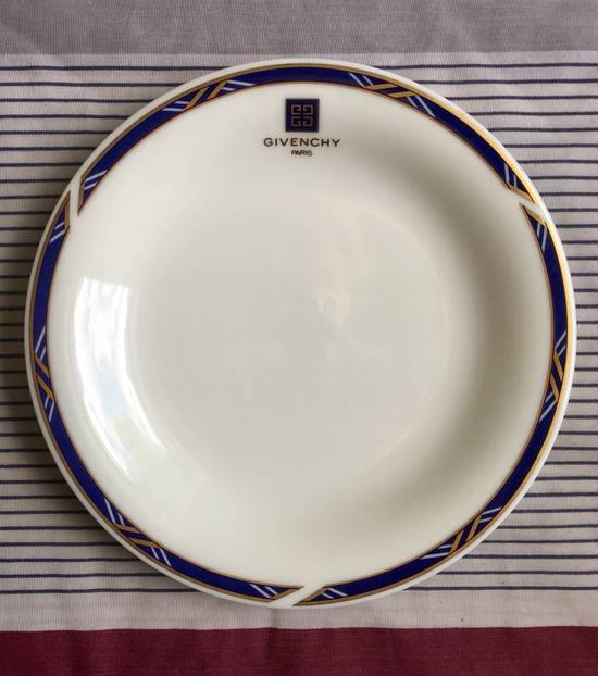 Givenchy Ashtray/Plate Size ONE SIZE
