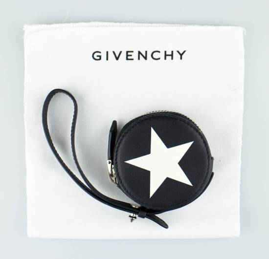 Givenchy Men's Black & White Leather Star Print Coin Pouch Size ONE SIZE