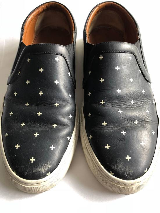 Givenchy RARE CROSS BLACK/WHITE Size US 10 / EU 43 - 2