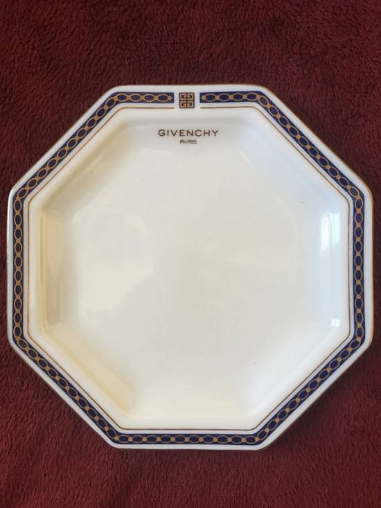 Givenchy Ashtray/Small Plate Size ONE SIZE