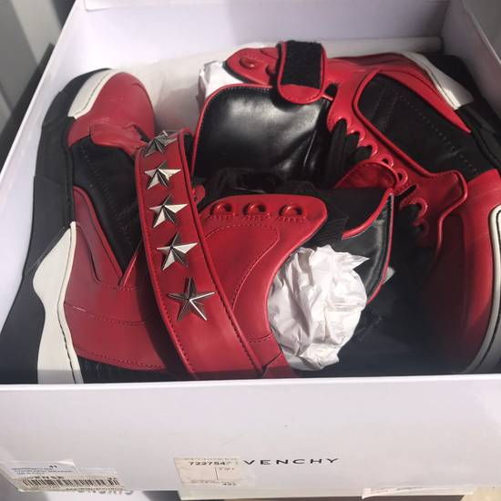 Givenchy Givenchy High Top Sneaker Size 41 Size US 8 / EU 41