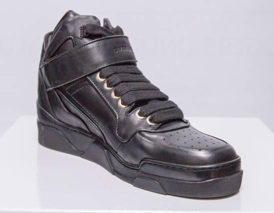 Givenchy BNIB DS Givenchy Black Leather Velcro-strap mid-top Size US 9.5 / EU 42-43 - 8