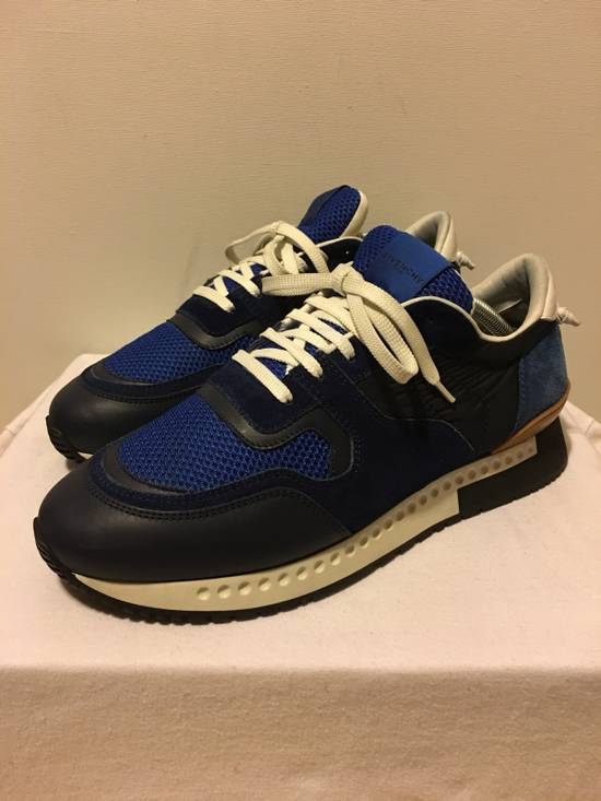 Givenchy Active Runner Sneakers **Worn Once!! Size US 9.5 / EU 42-43