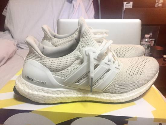100% authentic 53474 a8276 OG White Ultraboosts
