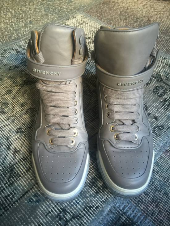 Givenchy Light Grey leather sneakers Size US 10 / EU 43