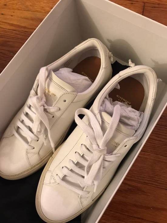Givenchy Givenchy Low top Sneakers Size US 6.5 / EU 39-40