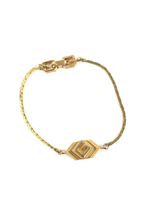 Givenchy Gold Bracelet Size ONE SIZE