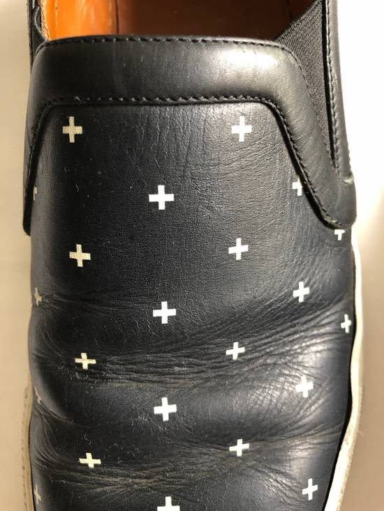 Givenchy RARE CROSS BLACK/WHITE Size US 10 / EU 43 - 9