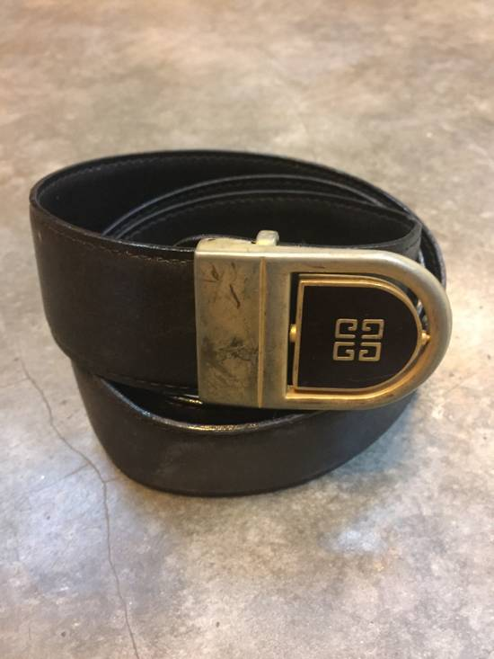 Givenchy Rare!Vintage! Givenchy Belts in Gold Finishing Classics Logo Design!High-End!Hypebeast!Streetwear! Size 32