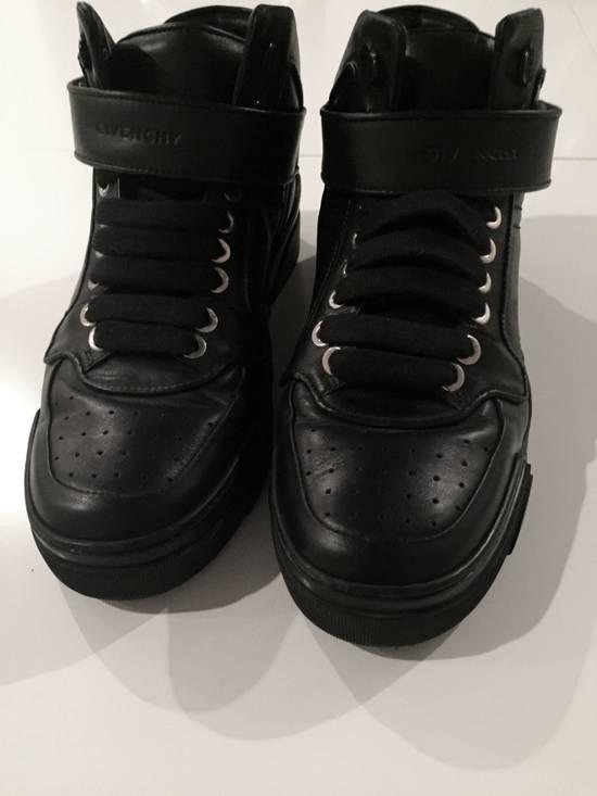 Givenchy Black leather hi-top Size US 9.5 / EU 42-43