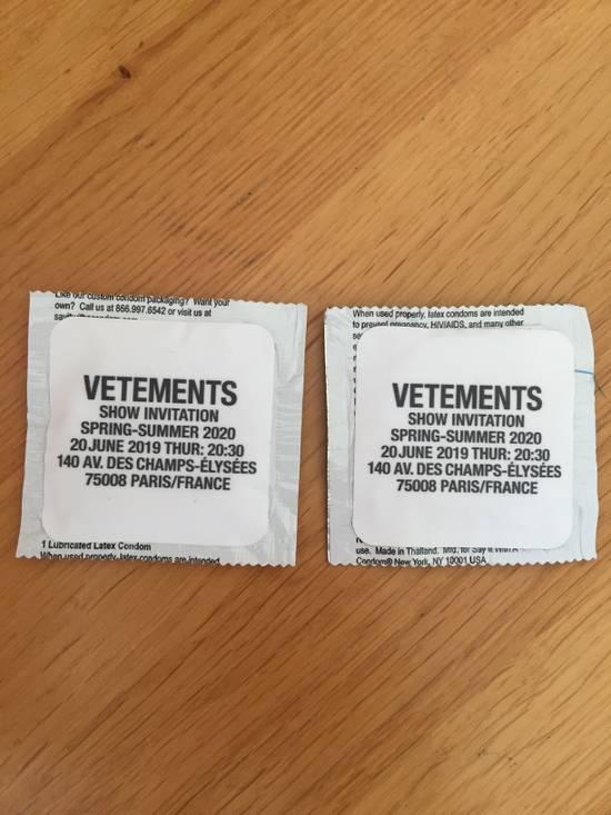 Vetements Vetements condoms Size ONE SIZE - 1