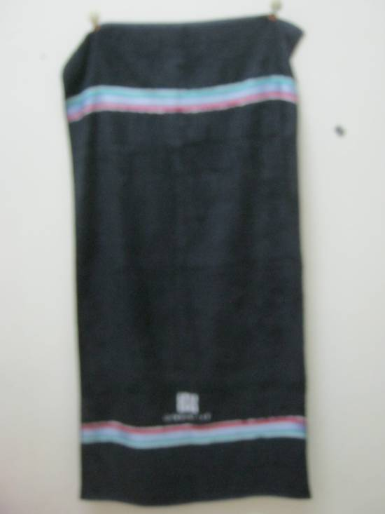 Givenchy WOW!!! WOW!!! WOW!!! NICE TO USE. GIVENCHY TOWEL. VERY CHEAP Size ONE SIZE