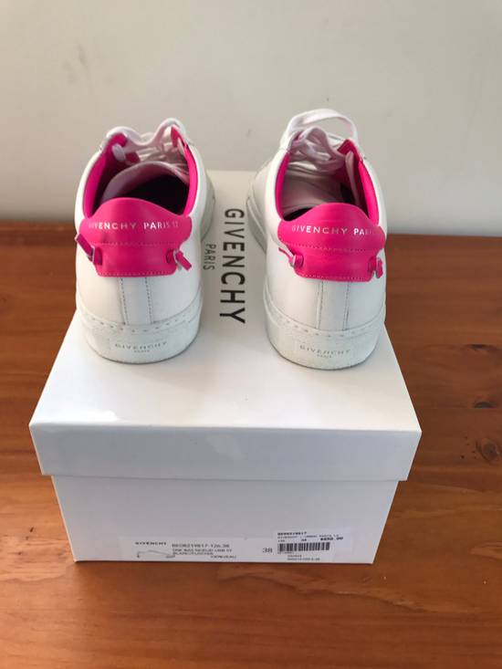 Givenchy Givenchy Woman's Low Top Sneakers Size US 7.5 / EU 40-41 - 1