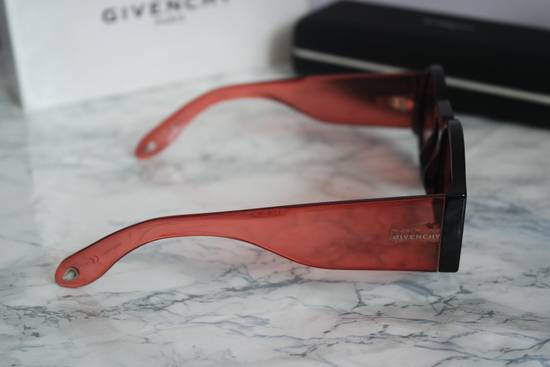 Givenchy NEW Givenchy GV 7056/S Black Red Tint Lens Circle Thick Rim Sunglasses Size ONE SIZE - 9