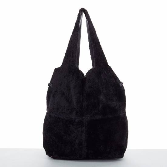 Givenchy GIVENCHY TISCI black reversible leather shearling fur oversize hobo shoulder bag Size ONE SIZE - 2