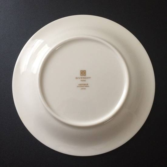 Givenchy Rolling Surface / Ashtray / Dish Size ONE SIZE - 1