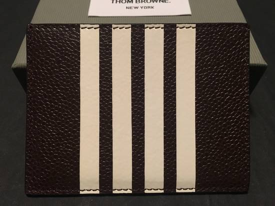 Thom Browne Card Holder w/Note Compartment in Dark Brown Pebble Leather Size ONE SIZE - 1
