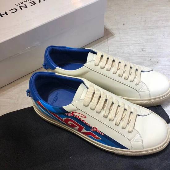 Givenchy LOW SNEAKERS IN PRINTED LEATHER Size US 8 / EU 41
