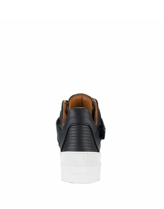 Givenchy Givenchy Tyson Star Embelisshed Hi Sneakers - Black (Size - 42) Size US 9 / EU 42 - 2
