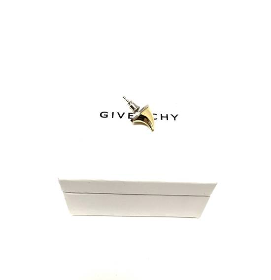 Givenchy NWT mainline fang earring Size ONE SIZE - 9