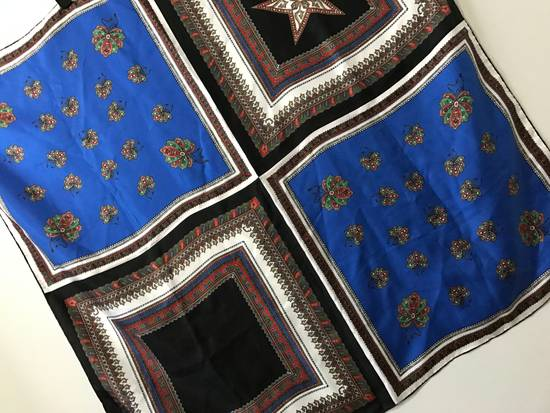 Givenchy RARE Large Givenchy Silk Scarf - $850 Size ONE SIZE - 4