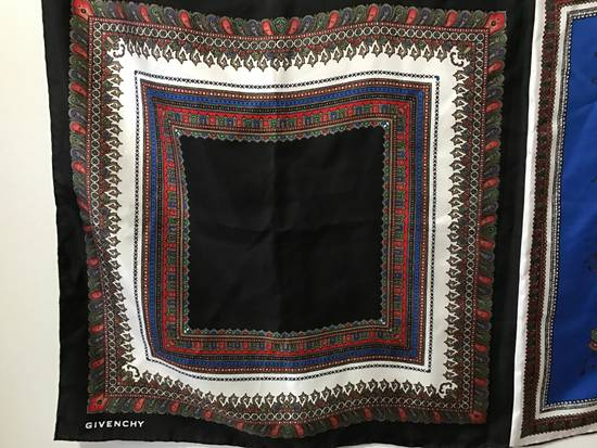 Givenchy RARE Large Givenchy Silk Scarf - $850 Size ONE SIZE - 2