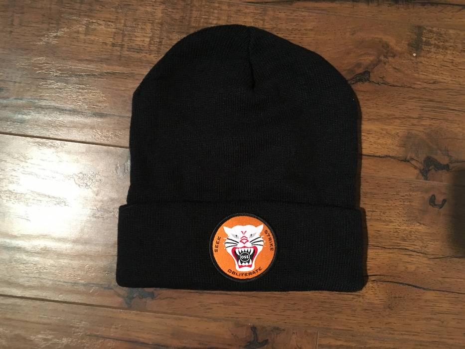 No Brand OnSomeShit Tony Hell Cat Beanie (Black) Size one size ... a10340a11bd
