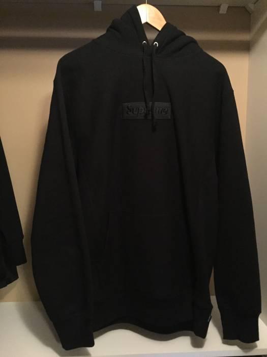 1d92ef6e289d Supreme Supreme Tonal Box Logo Black Size xl - Sweatshirts   Hoodies ...