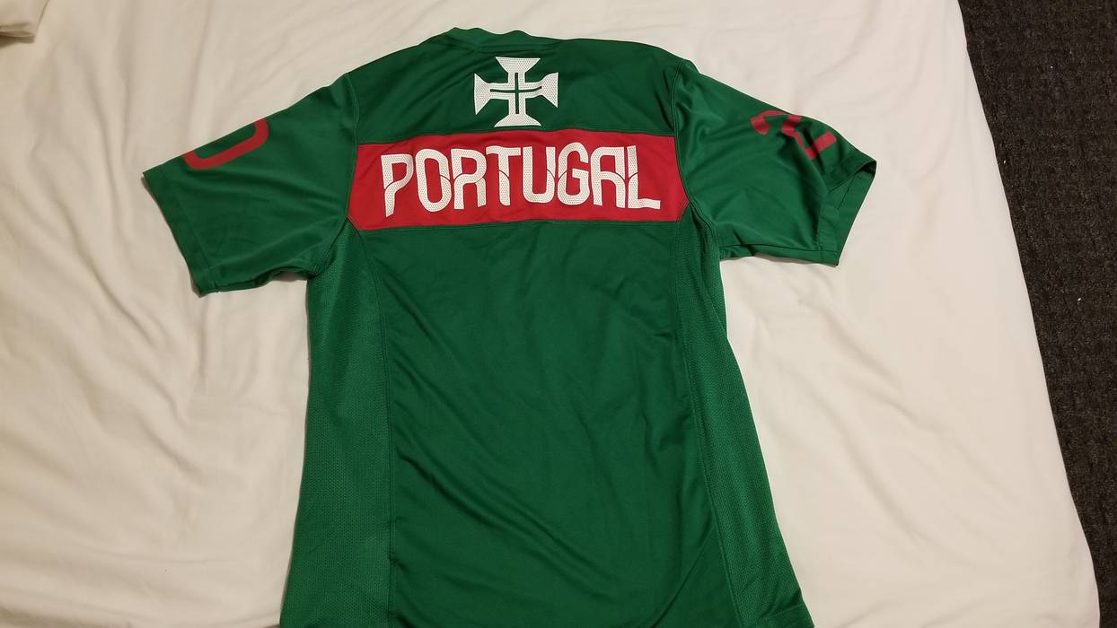dae677e00 Adidas Nike Portugal 2010-2011 Training Jersey Size m - Jerseys for ...