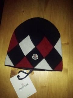 Moncler  BNWT  Moncler virgin wool winter hat f0e52defbcfd