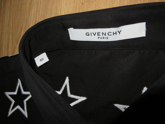 Givenchy Star embroidery shirt Size US M / EU 48-50 / 2 - 8