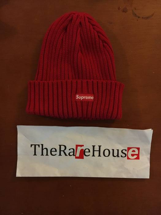 Supreme Supreme Ribbed Beanie Size one size - Hats for Sale - Grailed 8ad5b5bd2
