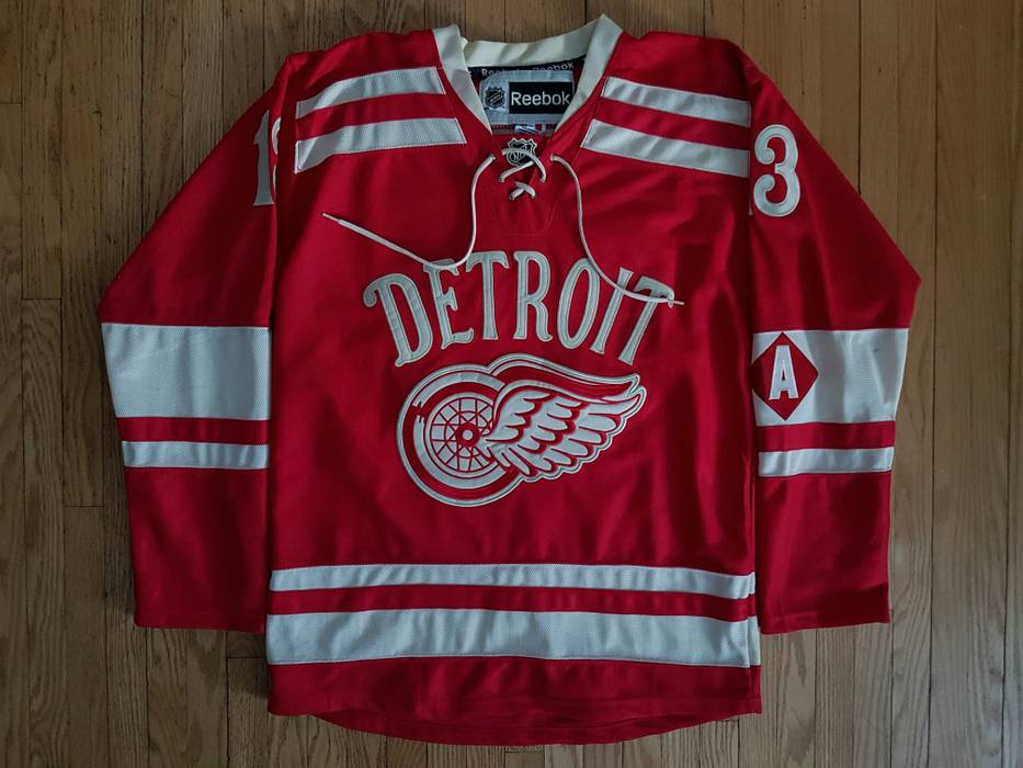 Reebok Vintage Reebok Hockey Jersey Detroit Red Wings Pavel Datsyuk Winter  classic Size US M   b8677365072