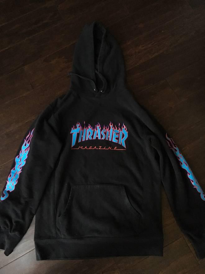 100+ Supreme Supreme Thrasher Hoodie Black Size M Sweatshirts ... 1318e2b57b