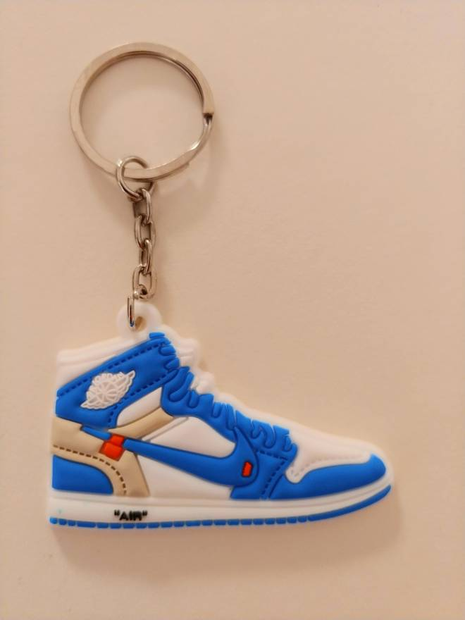 4952274acd0 ... where to buy off white off white nike air jordan 1 unc mini keychain  size one